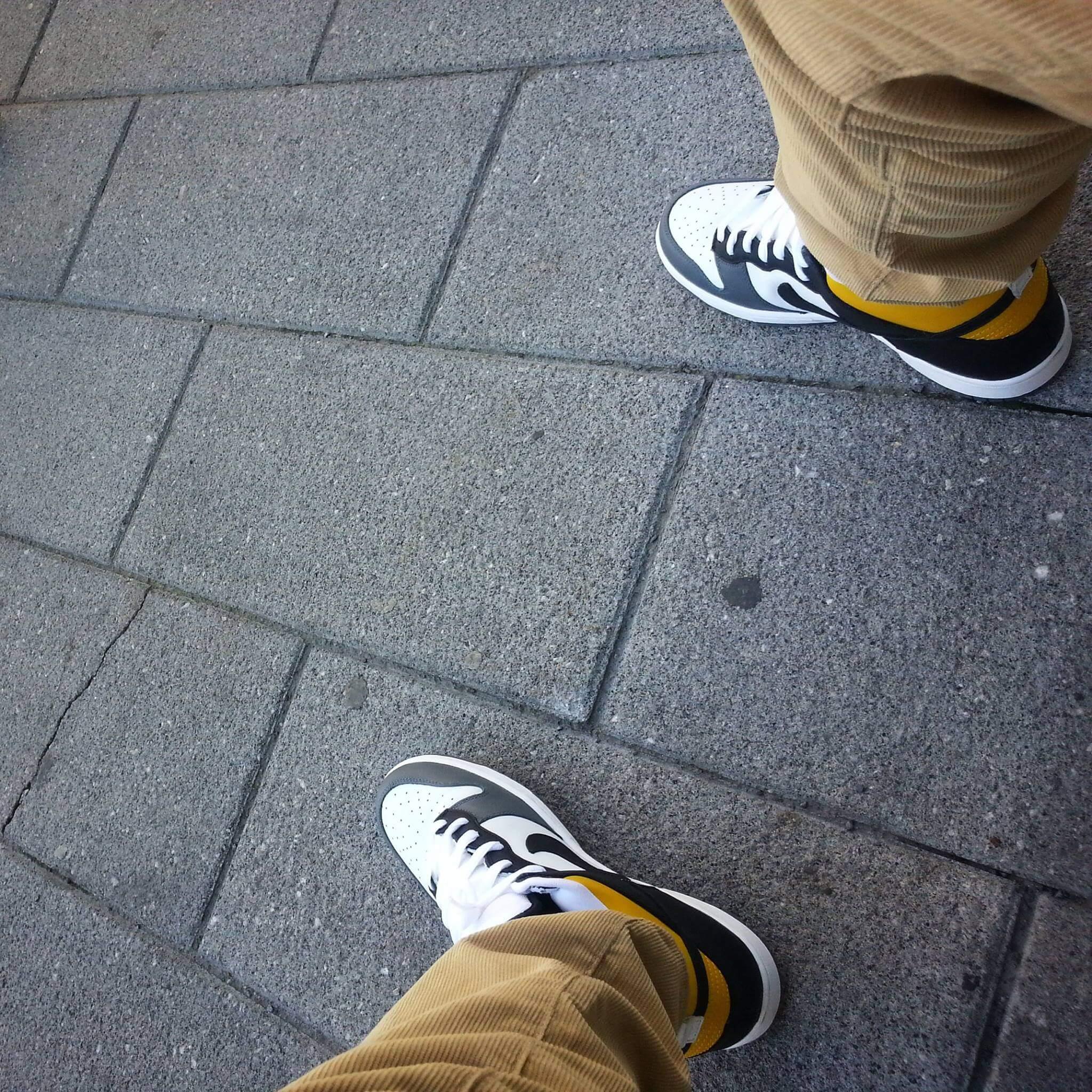 hdot_sdot_sneakers